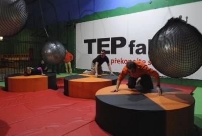 TEPfaktor je skvělé týmové dobrodružství, při kterém vás čeká naprosto ojedinělý zážitek plný výzev a zábavy.